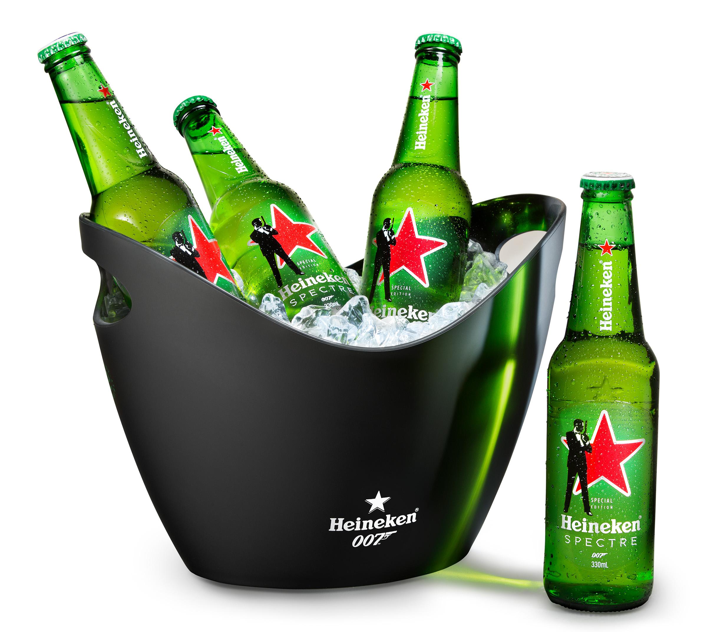 Advertising studio alcohol beer photography of Heineken bottles in ice bucket 007