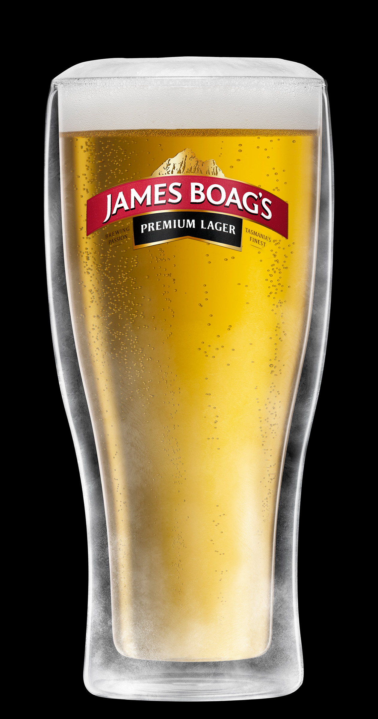 Advertising alcohol product studio photography of a schooner of James Boag's beer
